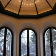 Дом двухэтажный фото эркер